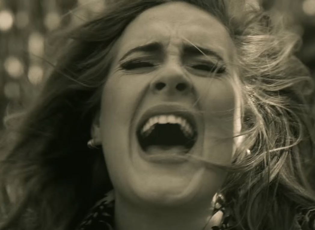 Adele - Hello from the outside