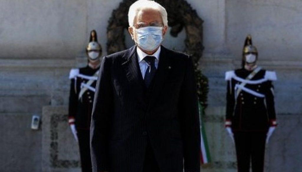 25 aprile presidente repubblica mascherina