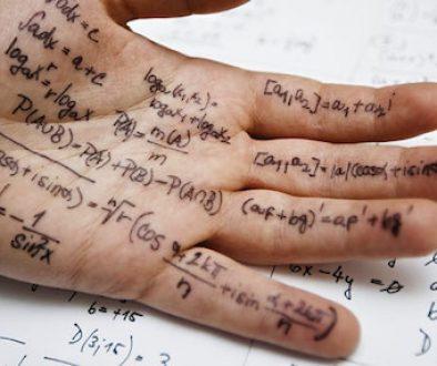 scrivere sulla mano