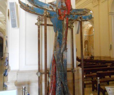 croce lignea, Elia Li Gioi, resti barconi migranti, Noto