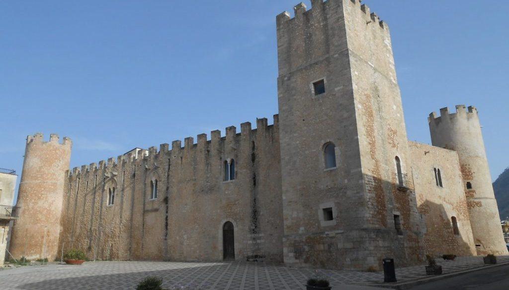 castello dei conti di Modica, Alcamo