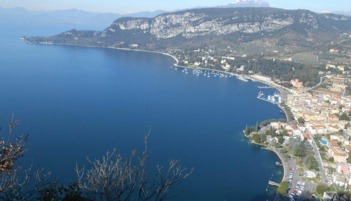 punta San Vigilio, vista da la Rocca, Garda