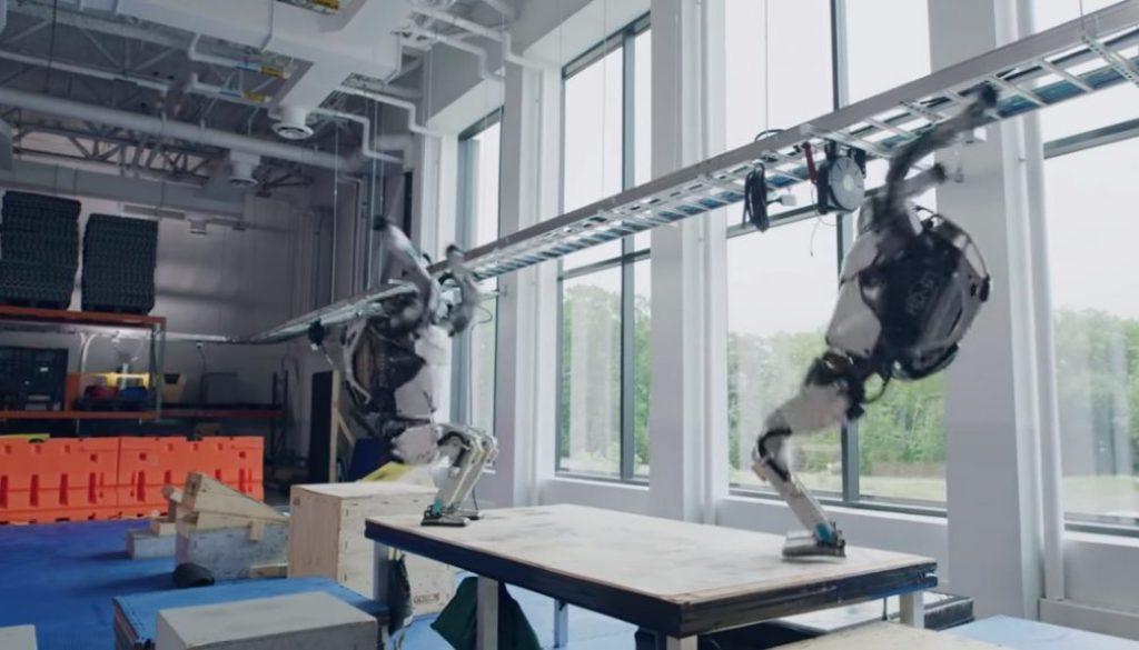 robot parkour